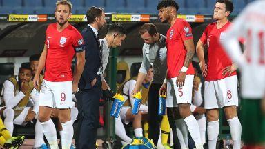 """В Англия продължили мача, """"за да не победи расизмът"""""""