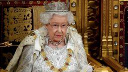 """Как """"жената с короната"""" действа в условия на коронавирус"""
