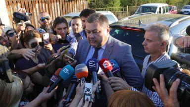 Полфрийман на свобода без паспорт, ще се подписва в РПУ: Вярвам на българите (видео)