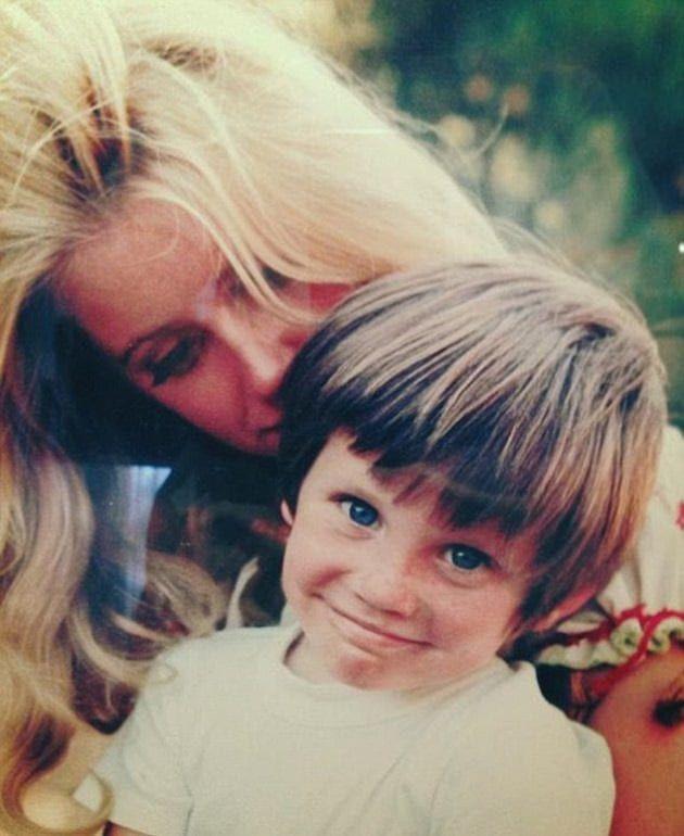 Сюзън Самърс със сина си Брус