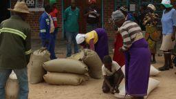 Хлябът в Зимбабве поскъпна с 60 % за една нощ