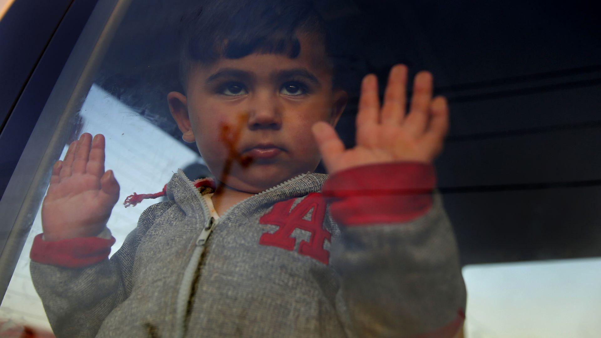 Властите в контролираните от кюрдите райони в Сирия обвиниха Турция,