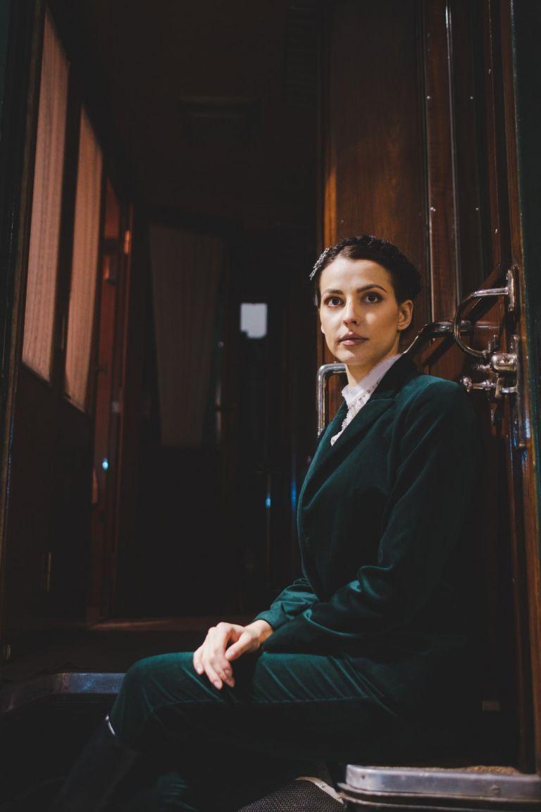 """Неда Спасова встъпи като истинска царица в """"Корона Експрес"""" - ретро влакът на Цар Борис III"""