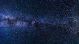 Звезда изглежда по-стара от самата Вселена