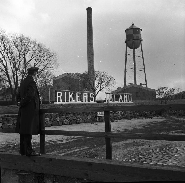 Райкърс през 1955 г.