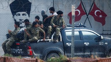 """Тръмп: Турците и кюрдите са """"две хлапета"""", които имаха нужда """"да се поступат"""""""