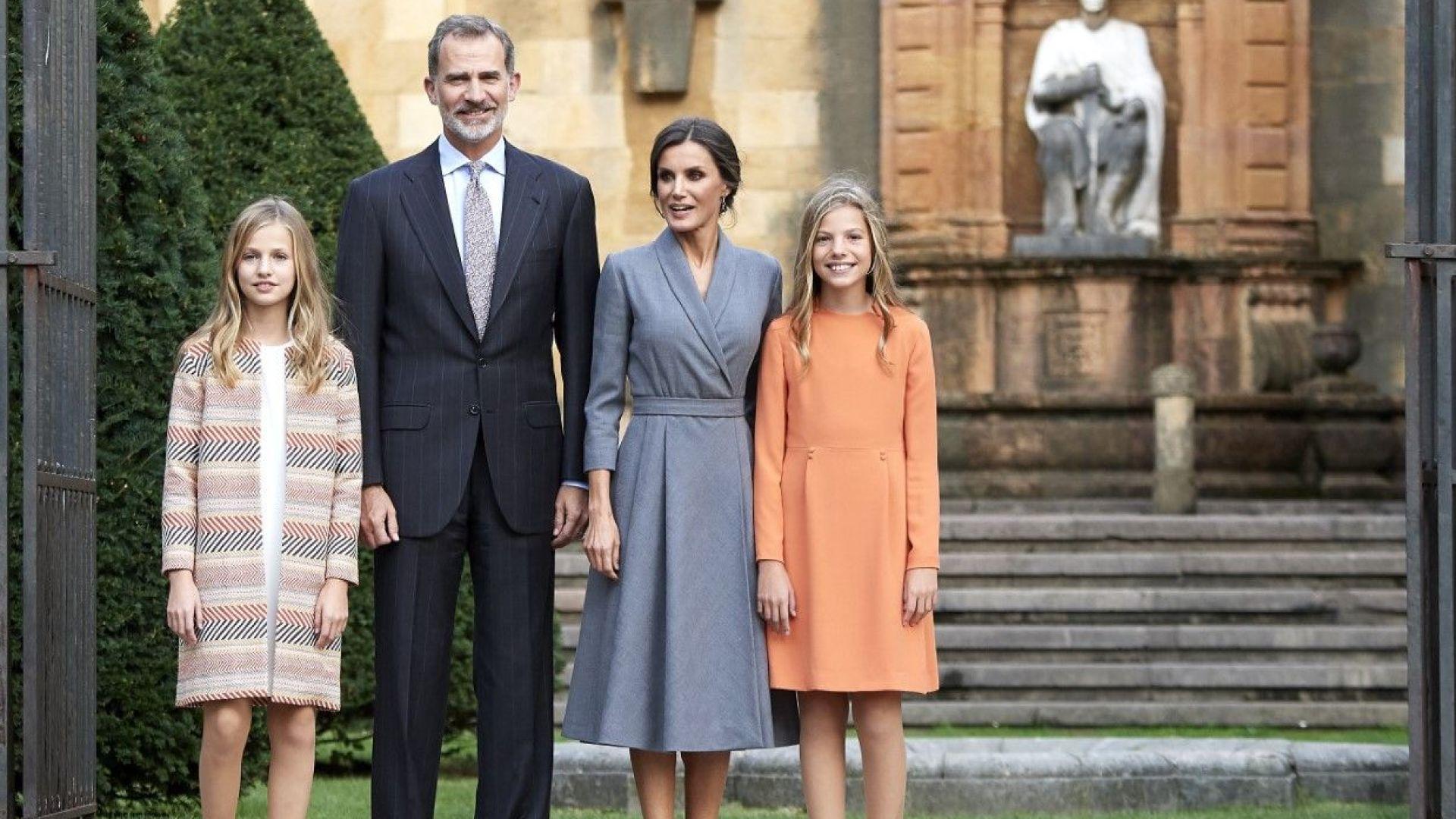 Летисия отново съчета тоалетите на кралското семейство