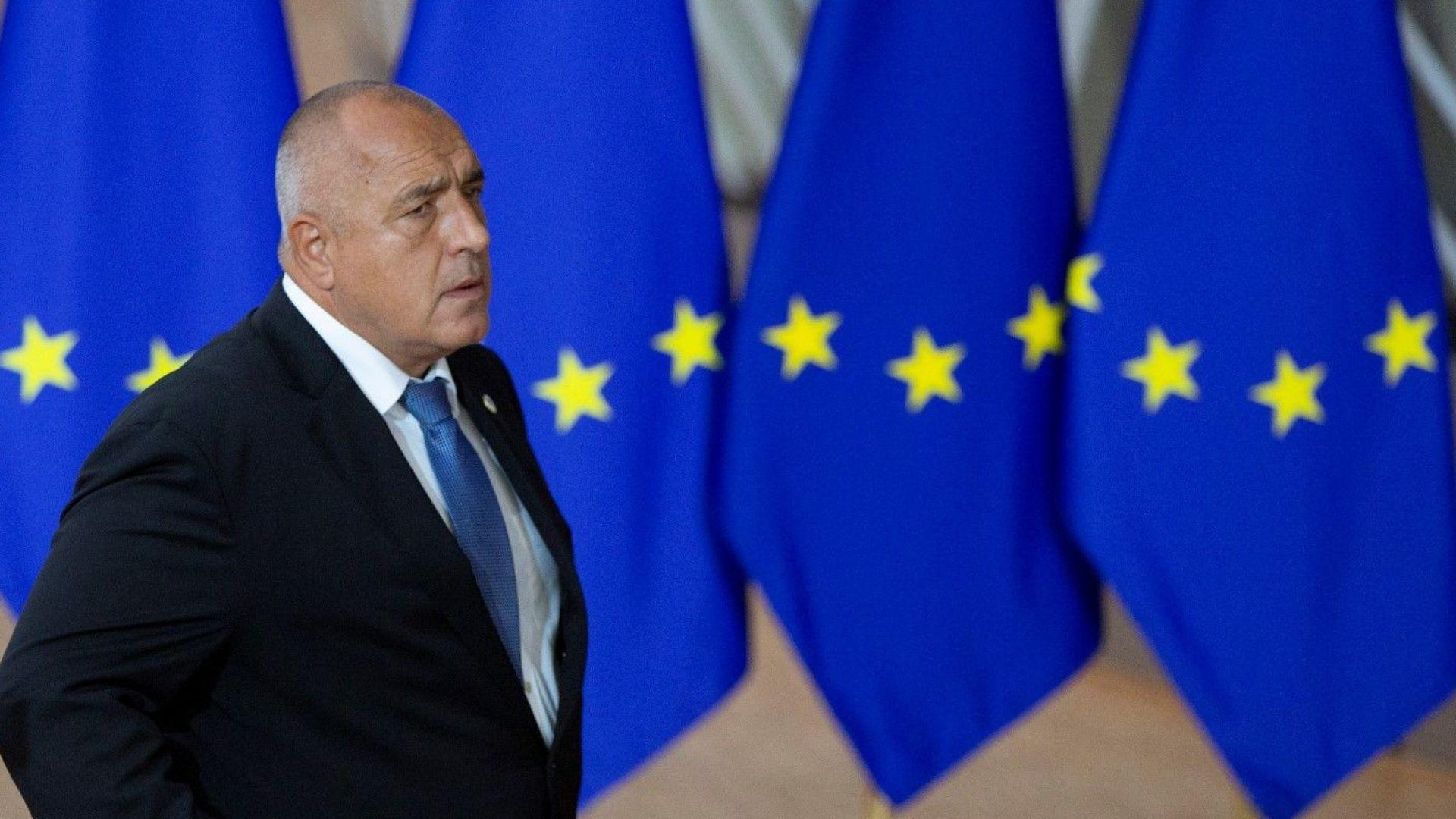 Пакетно обвързаните Северна Македония и Албания не получиха покана за