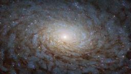 НАСА показа впечатляваща снимка на галактика