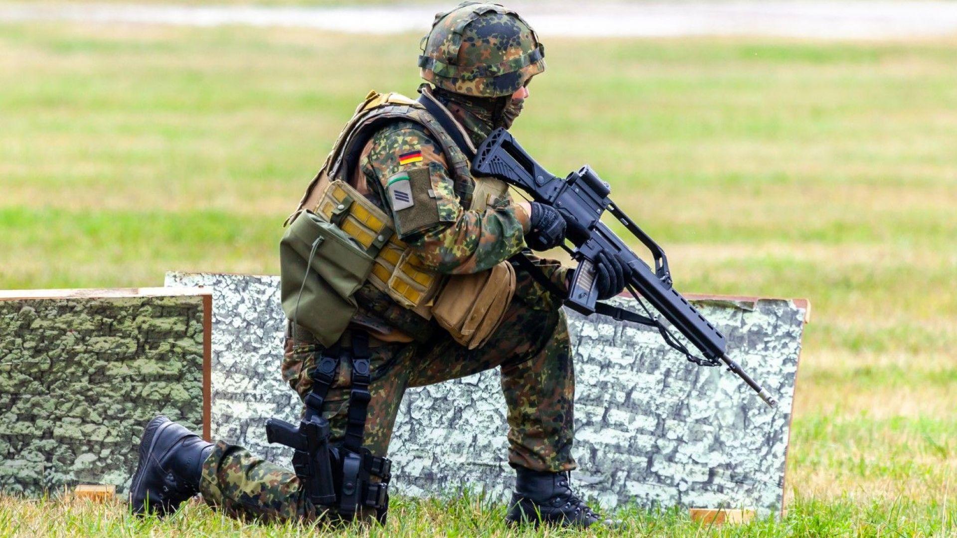 Германският министър на отбраната Анегрет Крамп-Каренбауер ще предложи по-късно тази