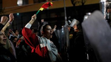 Гняв в Боливия след анонсирана победа на Ево Моралес още на първия тур