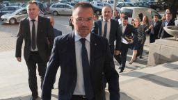 """Джамбазки: Настоявам за затваряне на общежитията във """"Военна рампа"""", """"Враждебна"""" и """"Овча купел"""""""