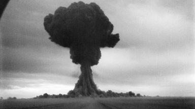 Разсекретиха архивни документи за първата съветска атомна бомба