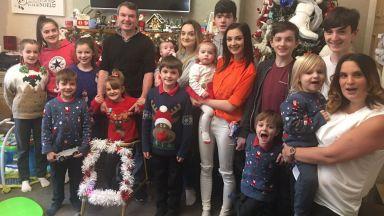 Британските съпрузи Радфорд очакват 22-ото си дете (видео)