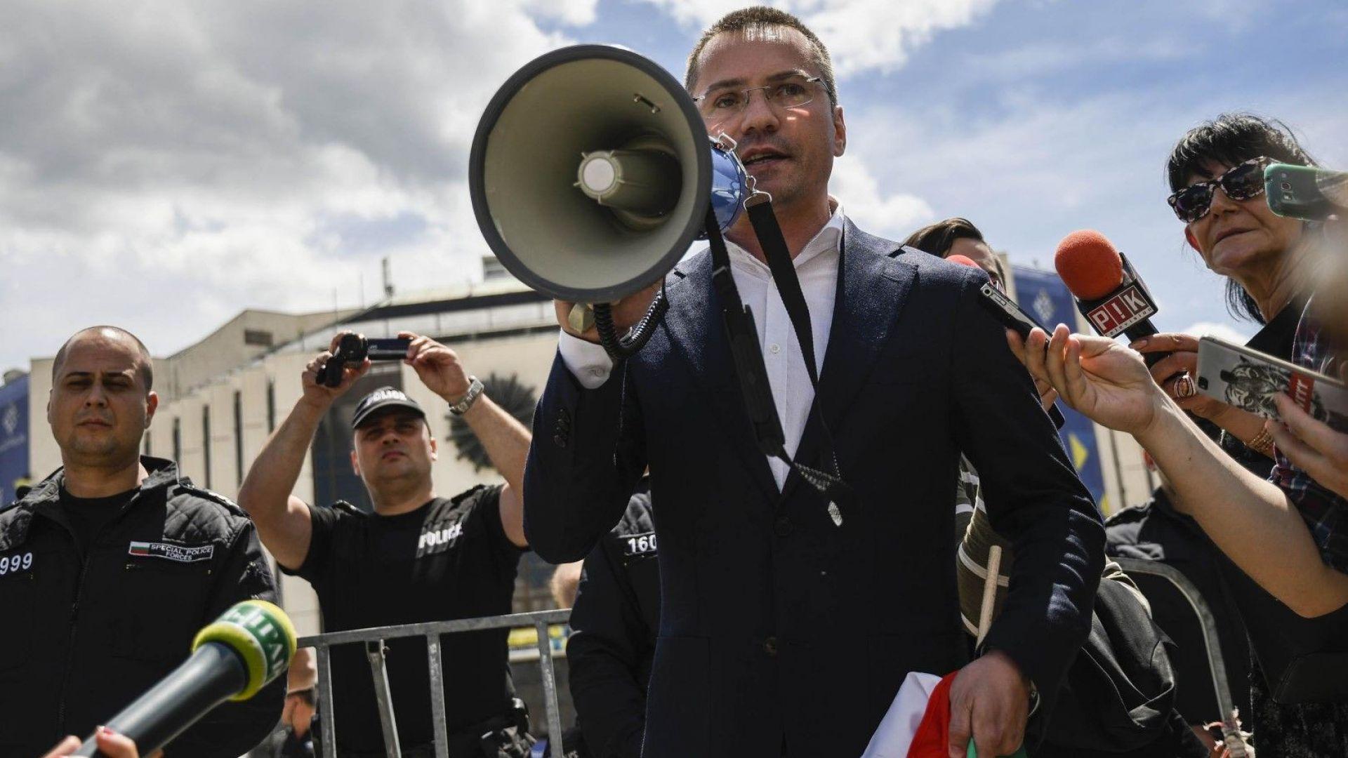 Кандидатът за кмет на София Ангел Джамбазки от ВМРО заяви