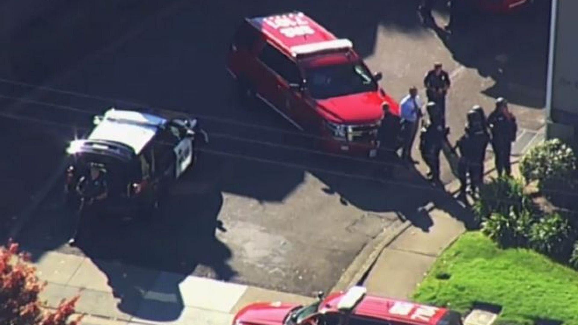 Тийнейджър е ранен след стрелба в близост до гимназията в