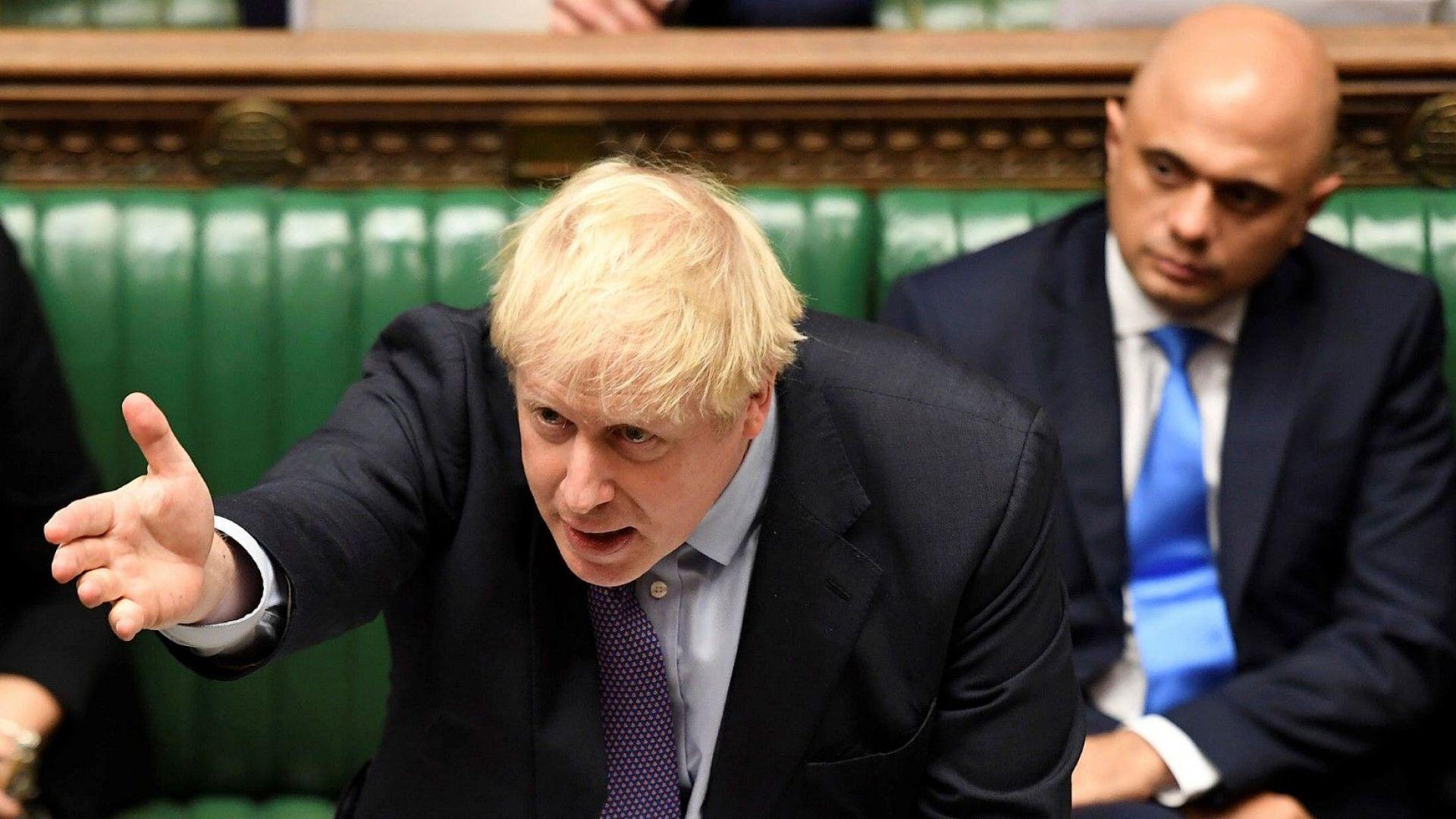 Британският парламент подкрепи законодателството за Брекзит, но отхвърли искания от