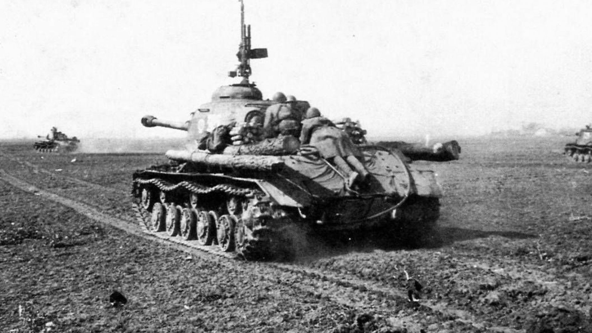ИС-2 по врема на десант