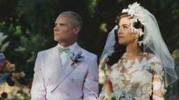 Басистът на Red Hot Chili Peppers се ожени за 18 години по-млада дизайнерка