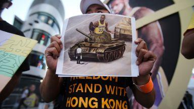 Скандалът продължава - Китай не излъчи и секунда от първата вечер на сезона в НБА