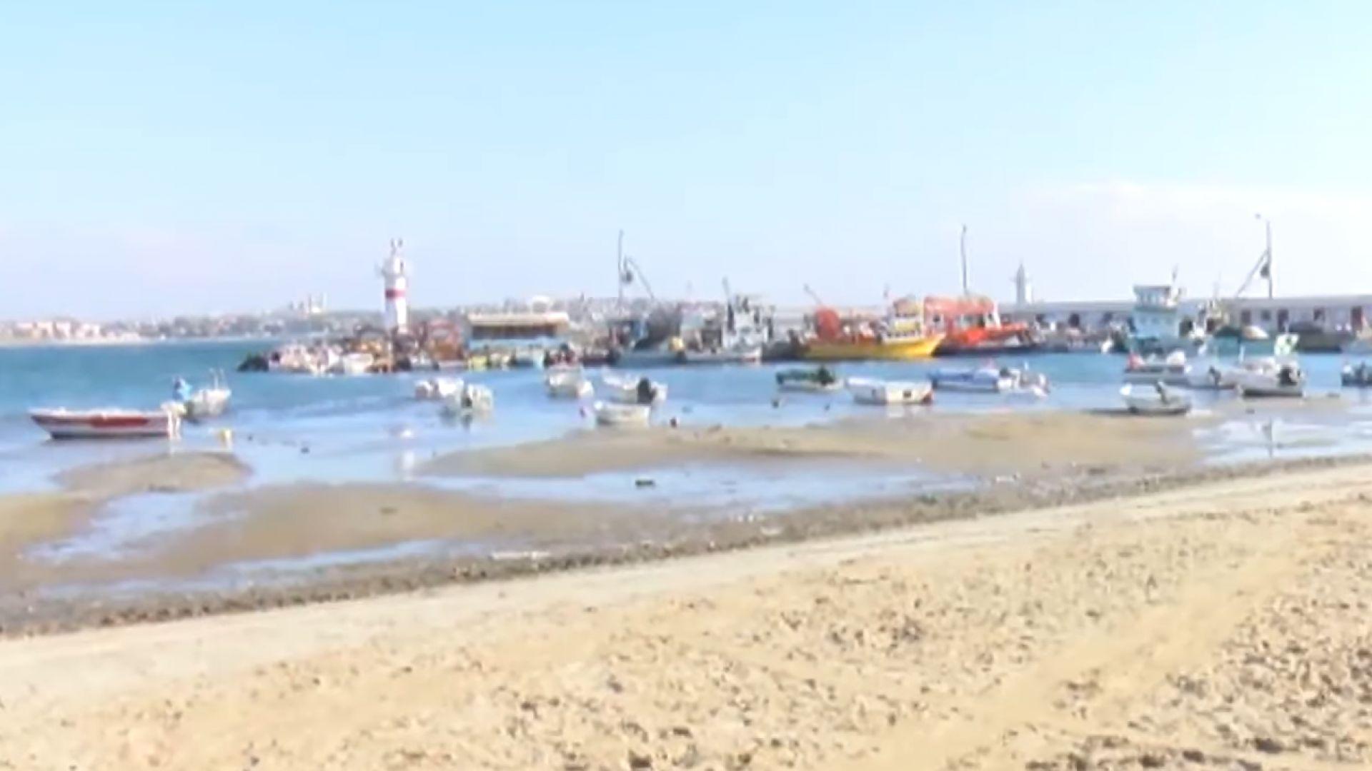 Паника в Мармара: Вижте как морето се отдръпна с 25 метра (видео)