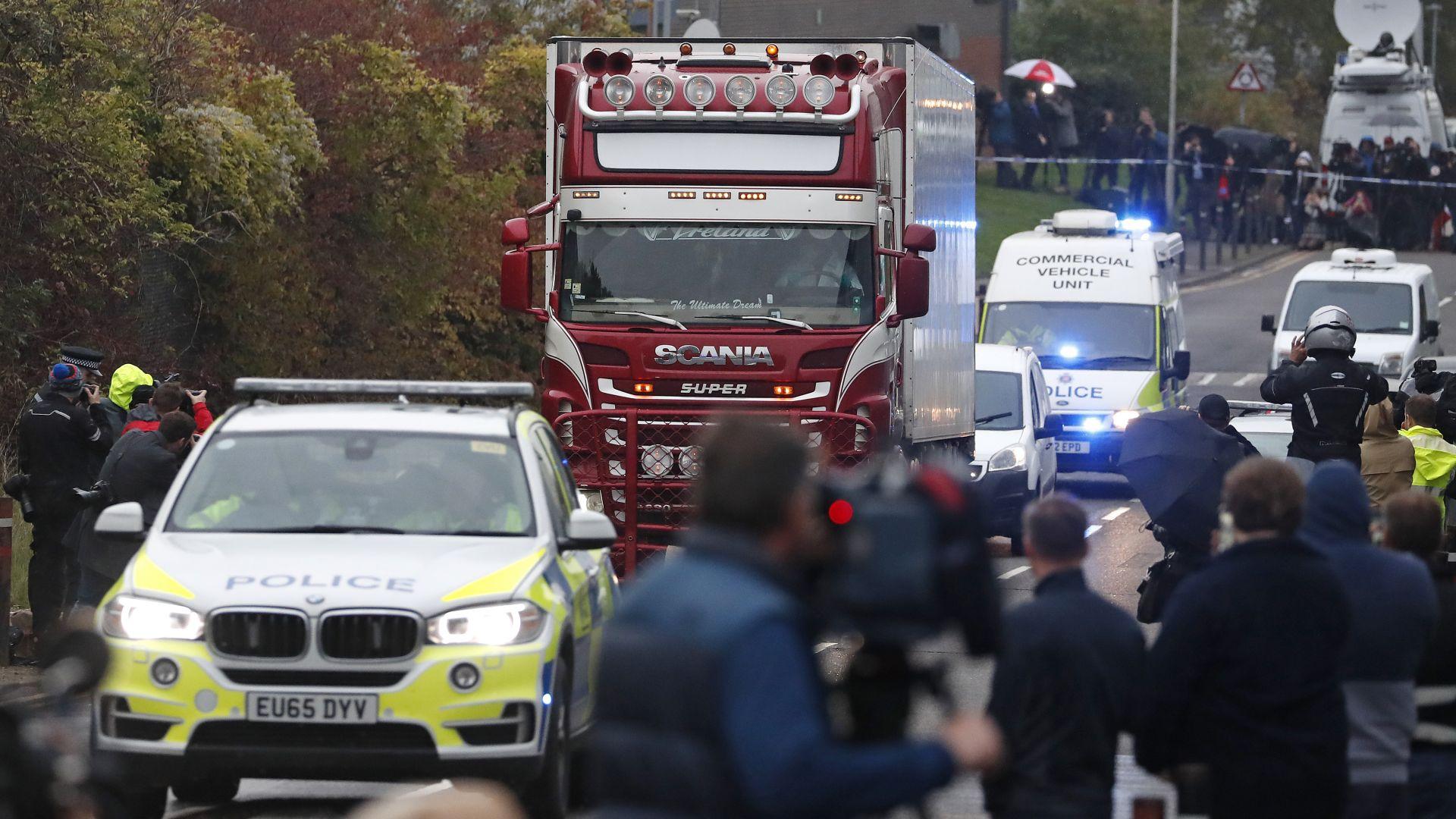 39-те тела, открити в камион близо до Лондон, са на китайци