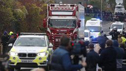 """""""Българският"""" камион с 39 трупа е влязъл във Великобритания от Белгия (видео)"""