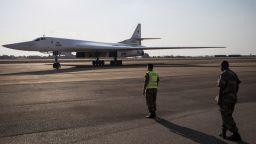 За първи път - руски бомбардировачи Ту-160 за ядрено оръжие на мисия в РЮА