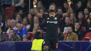 Челси превзе Амстердам и Аякс усети вкуса на загубата за първи път от май