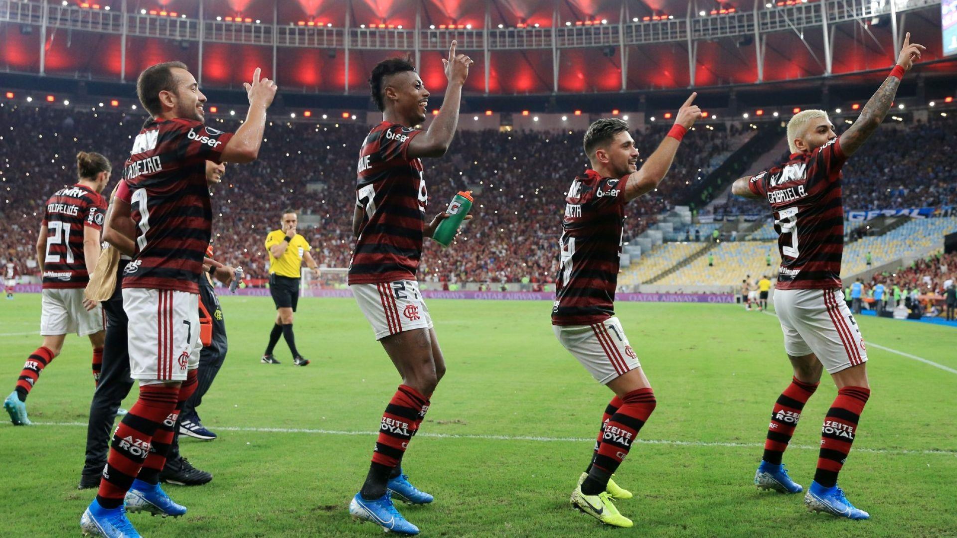 """Маракана"" пее, Копакабана лудее - голямата любов на Рио е на финал след 38 години"