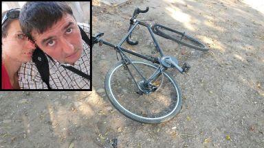 Почина блъснатият велосипедист, шофьорът все още се издирва