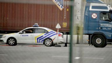 "Британската полиция повдигна обвинения срещу шофьора на ""камиона ковчег"""