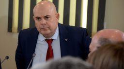 ВСС гласува за втори път и отново избра Иван Гешев за главен прокурор