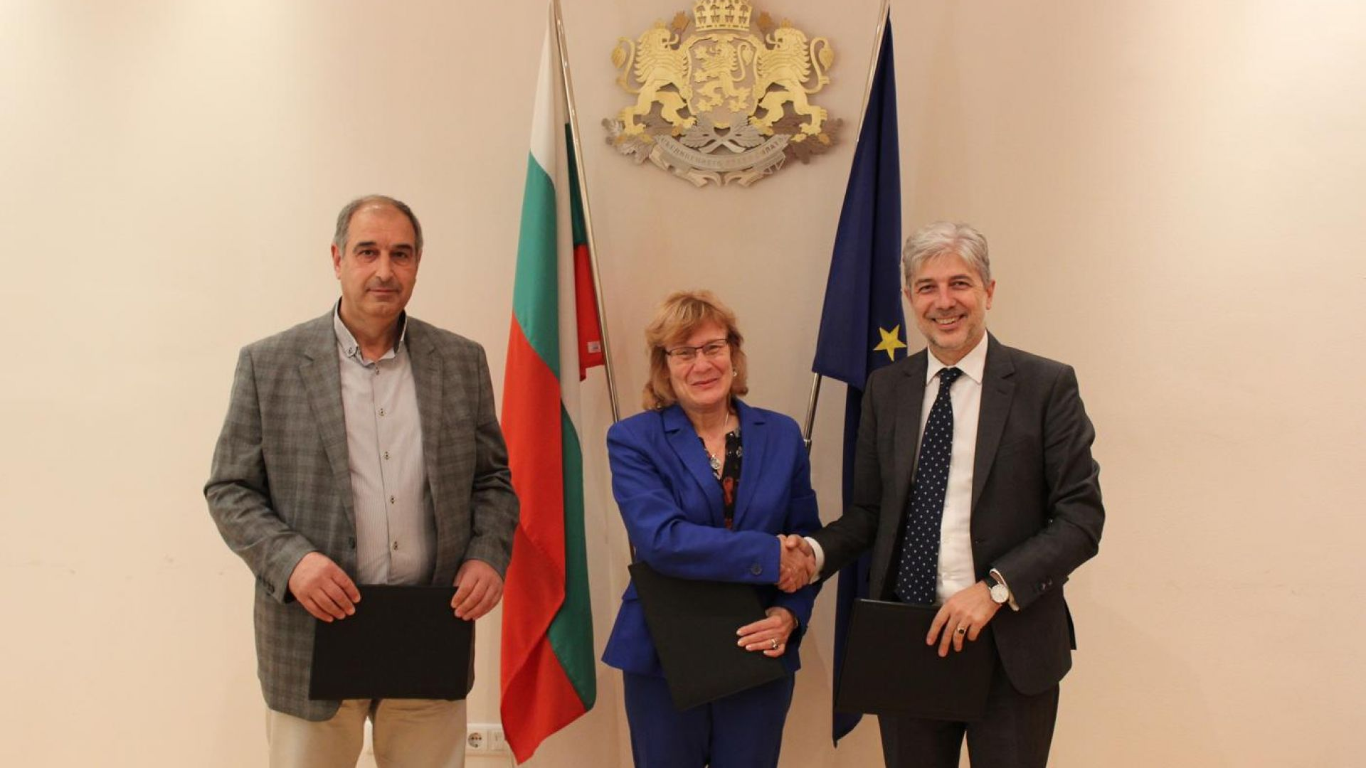 56 нови електрически автобуса идват в Бургас