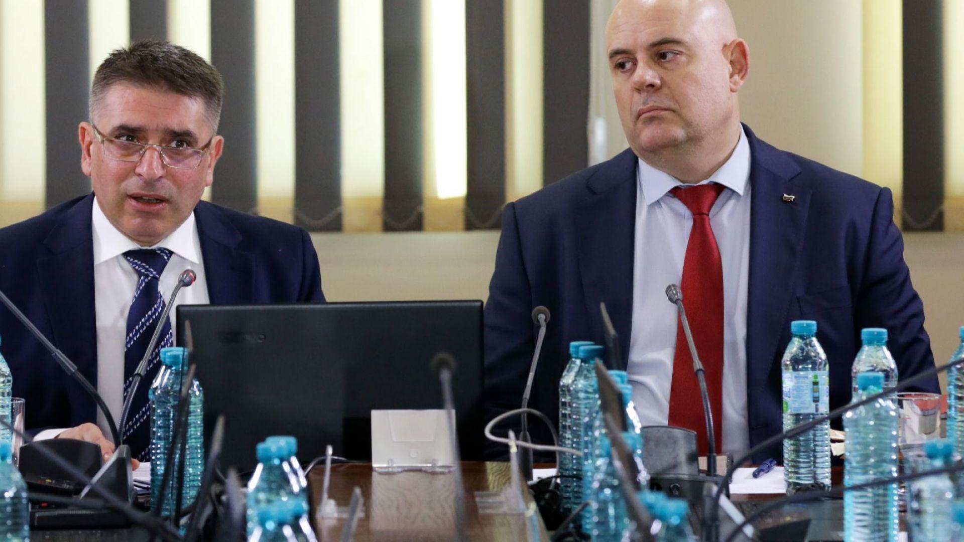 Правосъдният министър Данаил Кирилов не намира основание да се извинява,