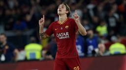 Наказват играч на Рома заради неприличен жест към феновете на Лацио