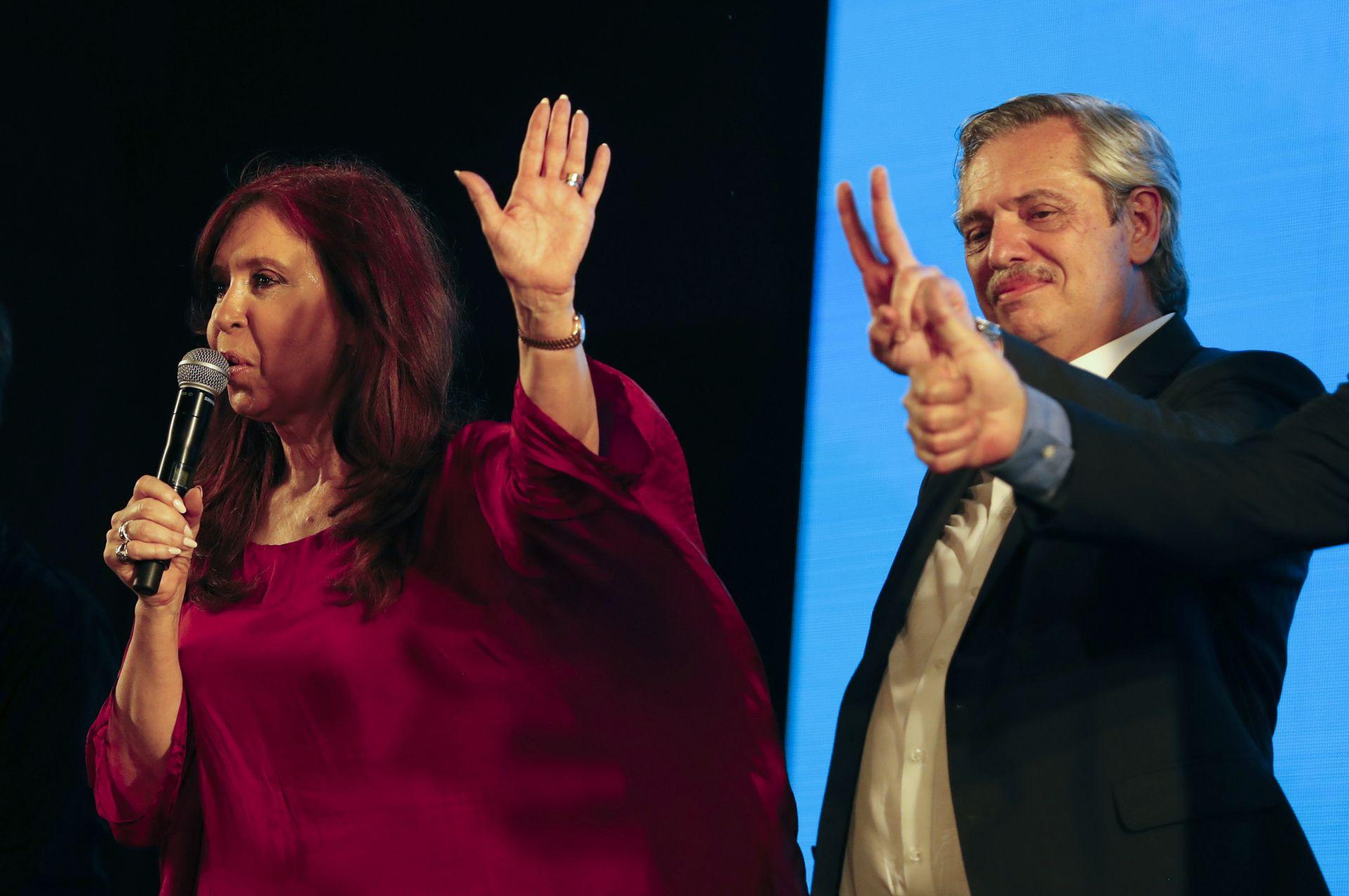 Лявоцентристкият кандидат Алберто Фернандес