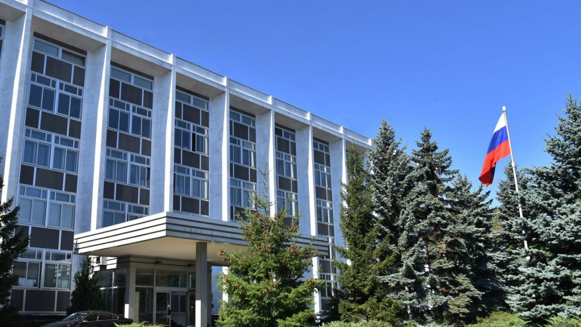 Първият секретар на посолството на Руската федерация в София е