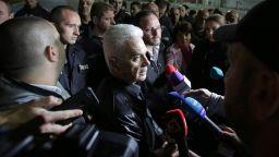 """Волен Сидеров опита да нахлуе в """"Арена Армеец"""", полицията не му позволи"""