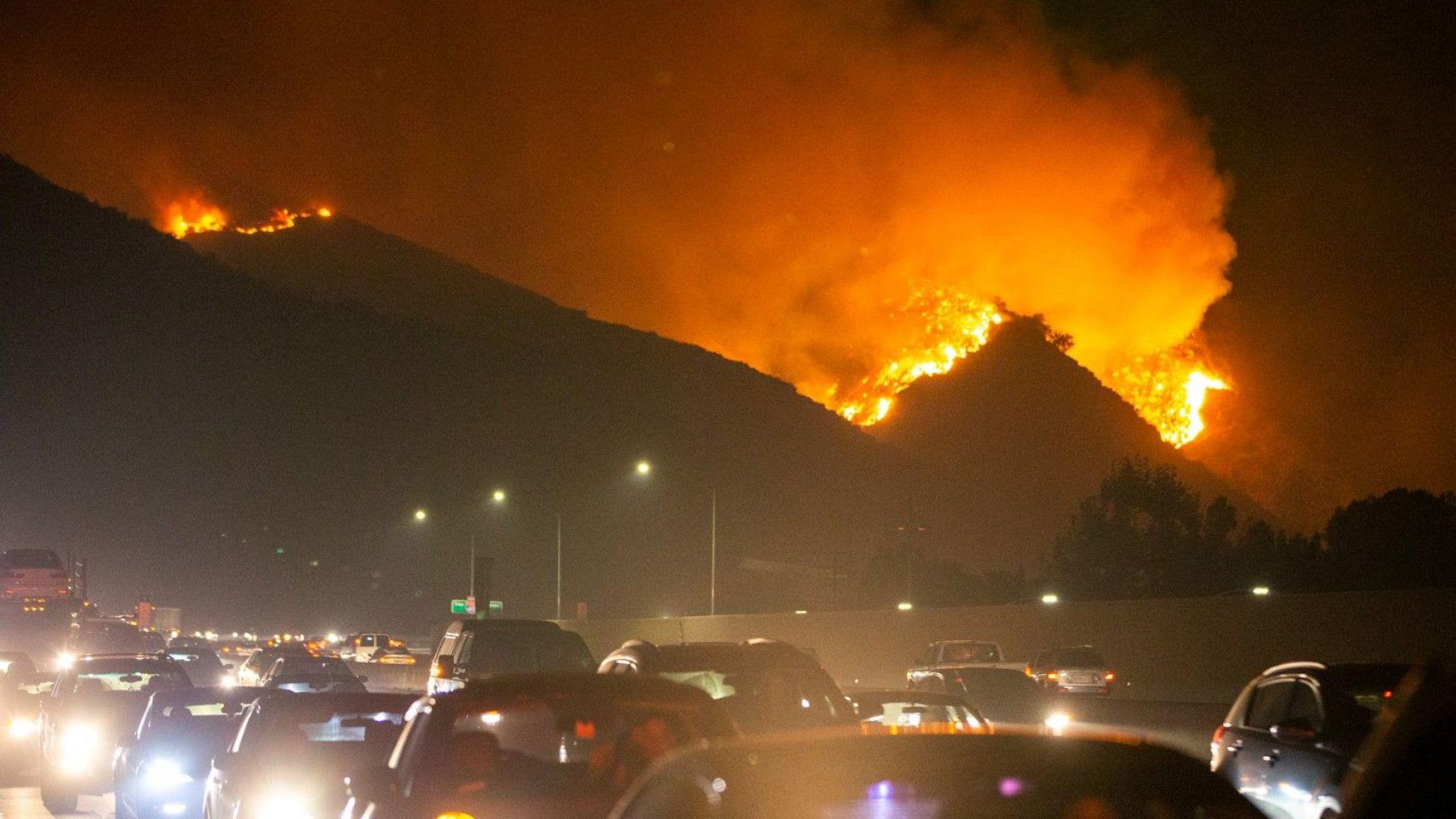 Милиони на тъмно заради огнения ад в Калифорния
