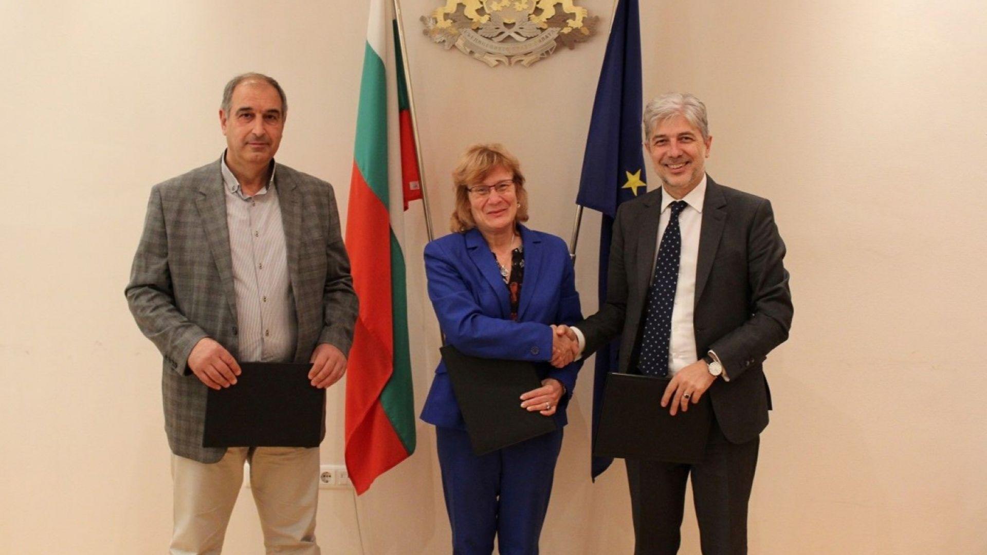Подписаха договора за 56 електрически автобуса за Бургас
