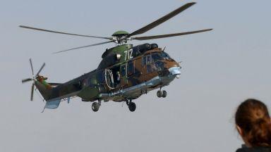 Военни хеликоптери се борят с бушуващите пожари в Рила и Стара планина