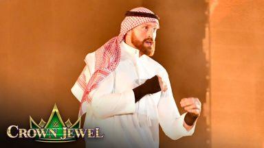 Фюри се появи като арабски шейх и започна с победа в кеча