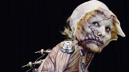 Кралицата на Хелоуин Хайди Клум ужаси с костюм