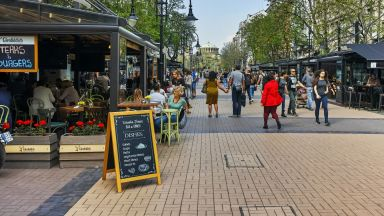 Ресторантьорите обидени: Отричат да отпадат високите осигуровки за бранша