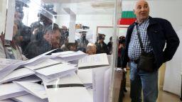 ЦИК: 18,28% е избирателната активност до обяд, в Пловдив и Варна най-слабо гласуват