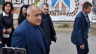 След скандала с имигрантите Борисов чака Макрон да ни се издължи с подкрепа за Шенген и еврозоната