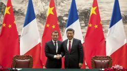 Обсипан с внимание от Си Цзинпин, Макрон като търговски пътник в Шанхай