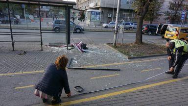 Изведоха от реанимацията 14-годишната Симона, която беше блъсната на спирка във Варна
