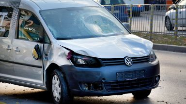 Шофьорът, блъснал хора на спирка във Варна, заспал зад волана след нощна смяна